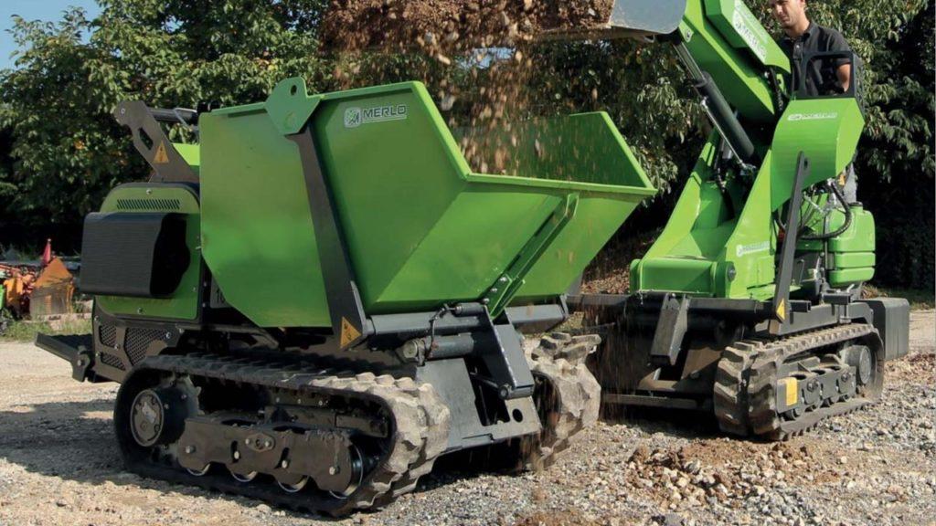 Chariots téléscopiques, tracteurs porte-outils, chargeurs sur pneus, transporteurs sur chenilles, bétonnières, tout votre matériel et engins pour les espaces paysagers