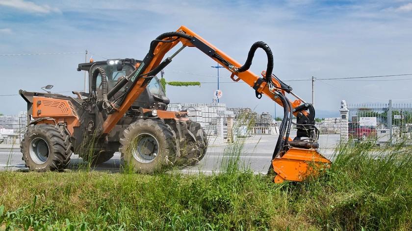 TreEmme MC 135 Tracteur porte-outils spécial collectivités